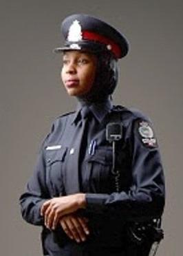 مجوز  پوشش   اسلامی  برای پلیس زن در کانادا + عکس