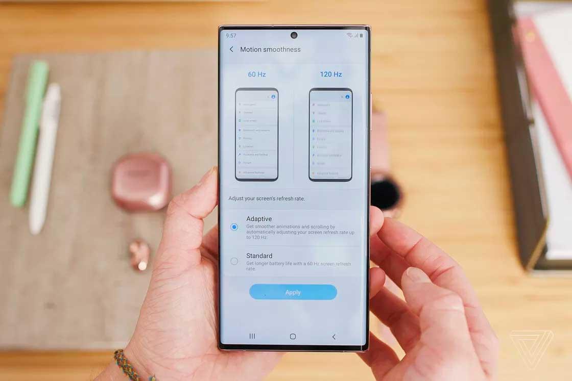 بازار تکنولوژی در انتظار عرضه گوشیهای جدید سامسونگ(عکس)